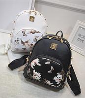 Молодежный повседневный рюкзак сумка MOJOYCCE Эко-кожа PU цветочный принт Магнолия  шипы черный,белый.