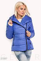 Короткая теплая куртка с капюшоном синяя