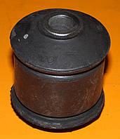 Сайлентблок заднего рычага наружный Dp group B717 Ford scorpio sierra