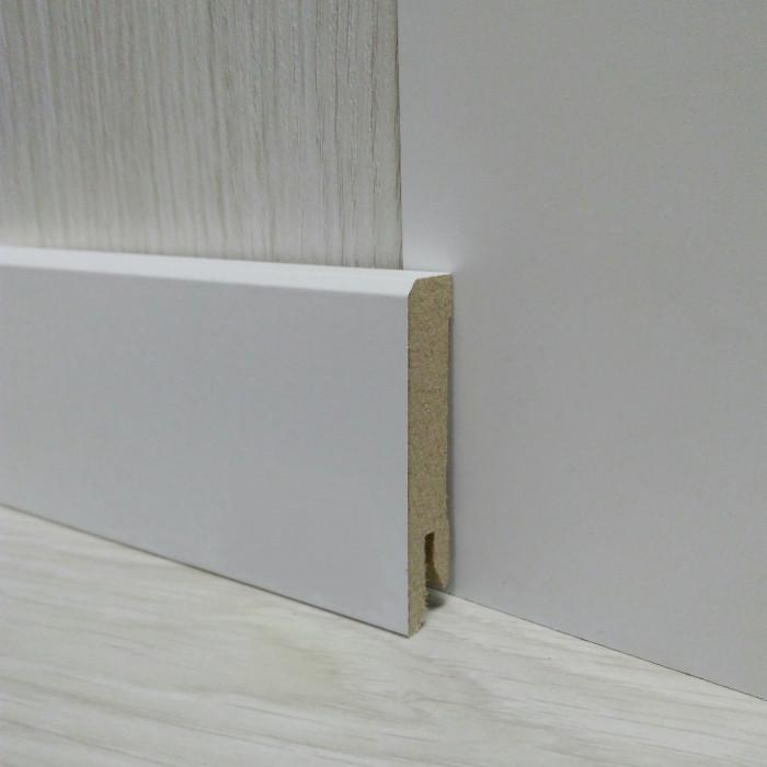 Плинтус белый напольный МДФ прямой 14х60х2400мм, ламинированный
