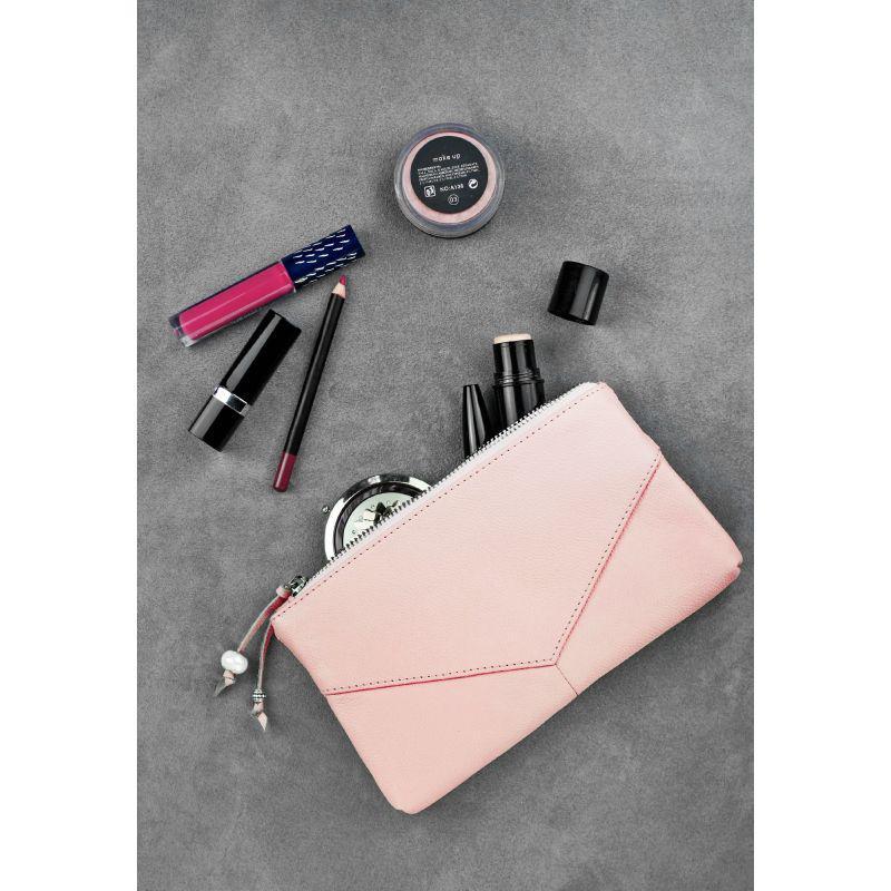 Женская кожаная косметичка розовая