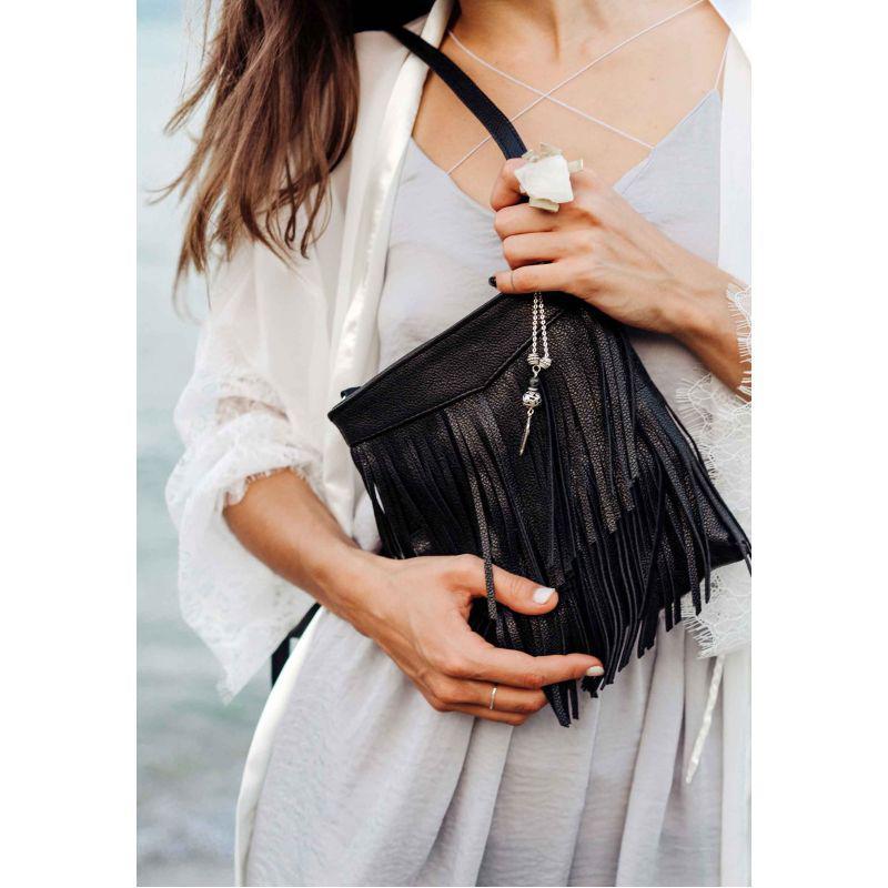 Кожаная женская сумка с бахромой мини-кроссбоди Fleco черная