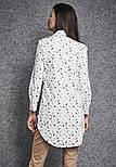 Женская удлиненная рубашка белого цвета с принтом. Модель 260035 Enny, коллекция осень-зима 2018-2019, фото 2