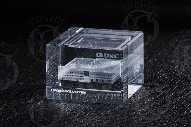 Эксклюзивный сувенир из стекла с лазерной гравировкой внутри, фото 2