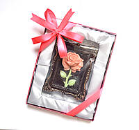 Сладкий подарок для девочки на День раждение. Цветок из шоколада