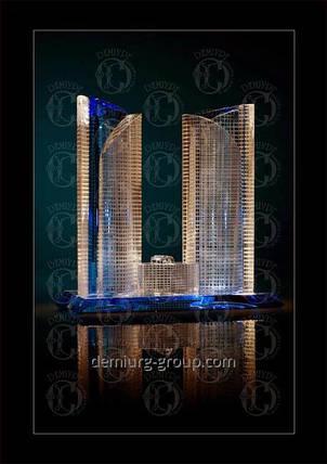 Миниатюра здания из стекла, фото 2