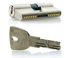 ISEO R90 65 (30х35) ключ-ключ  матовий хром
