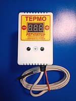 Терморегулятор ЦТР-2 цифровой в розетку 10А