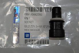 Патрон лампы повторителя поворотов , габаритов фары , подсветки заднего номерного знака GM 1217215 1217217
