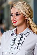 Женская белая блузка с вышивкой на груди (2296 svt), фото 3