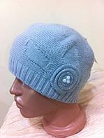 Женская шапка двойная  с украшением на резинке цвет - св. серый