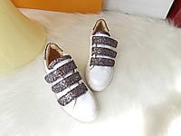 Женские кроссовки Keisy белые