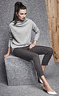 Женские брючки черного цвета с принтом. Модель 260043