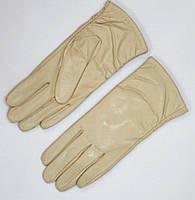 Перчатки св бежевые женские из кожи подкладка плюш