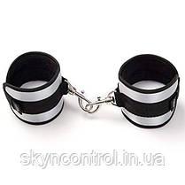 "Fifty Shades of Grey Totally His  - Мягкие наручники ""Вся его"", фото 2"