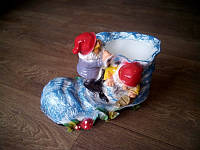 Башмак с гномами цветочник, 30 см