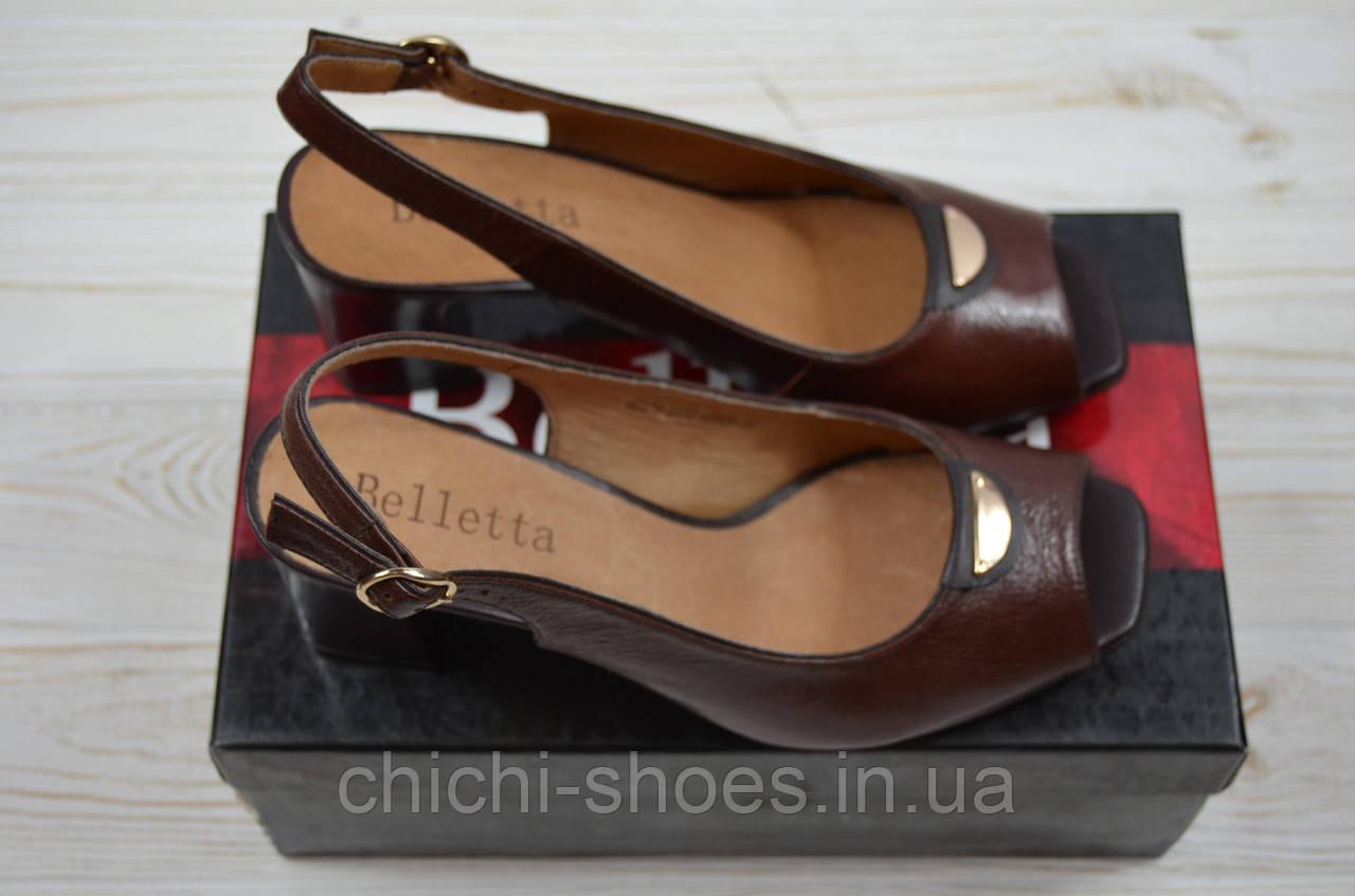 Босоножки женские Beletta 0412 коричневые кожа каблук