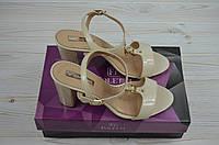 Босоножки женские Foletti 802-1 бежевые кожа-лак каблук, фото 1