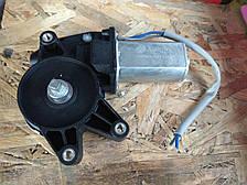 Мотор стеклоподъемника Приора Ваз 2170, 2171, 2172 левый AURORA
