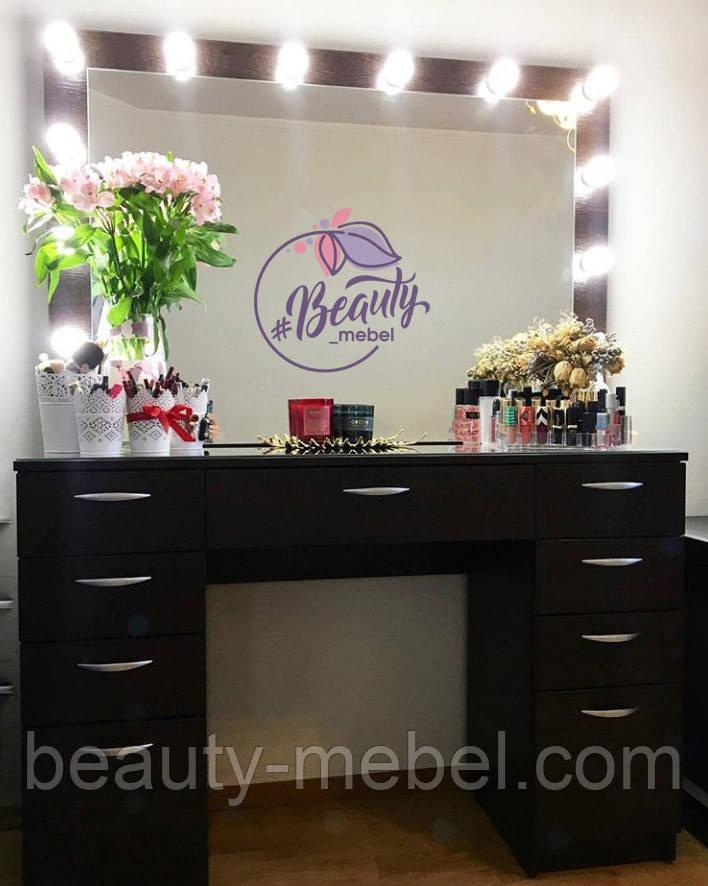 Широкий гримерный стол с зеркалом в раме и лампами, стол для макияжа с боковыми ящиками