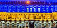 Художественная подсветка фасадов зданий и прилегающих ландшафтов