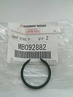 Стопорное кольцо подшипника ступицы MMC - MB092882 MPW II