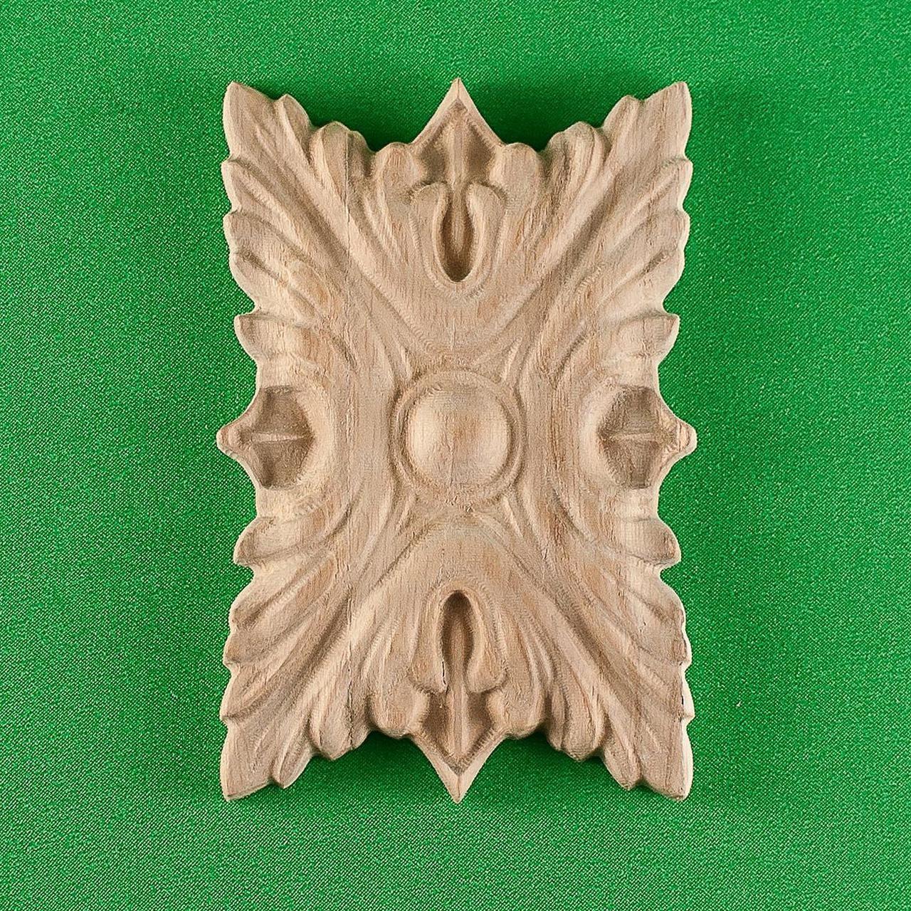 Деревянный резной декор для мебели. Розетка. Код Р12