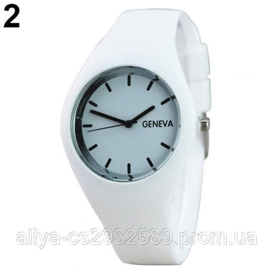 Спортивные часы Женева в белом цвете