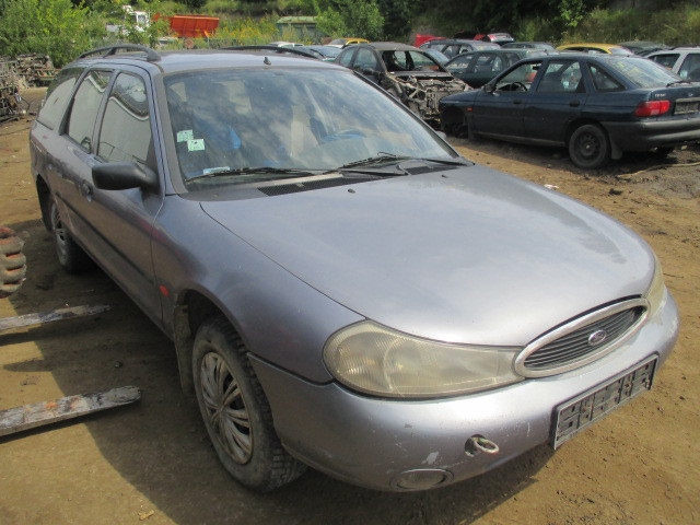 Авто под разборку  Ford Mondeo II  1.8 1998