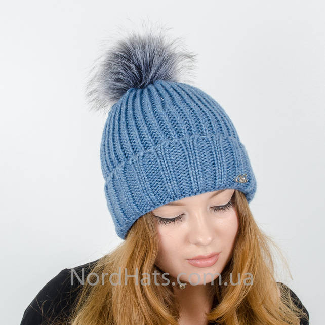 Женская шапка с помпоном  (Голубой)