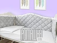 Защита (мягкие бортики, охранка, бампер) в детскую кроватку для новорожденного 3992 Серый