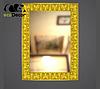 Зеркало настенное Lucknow в золотой раме, фото 2