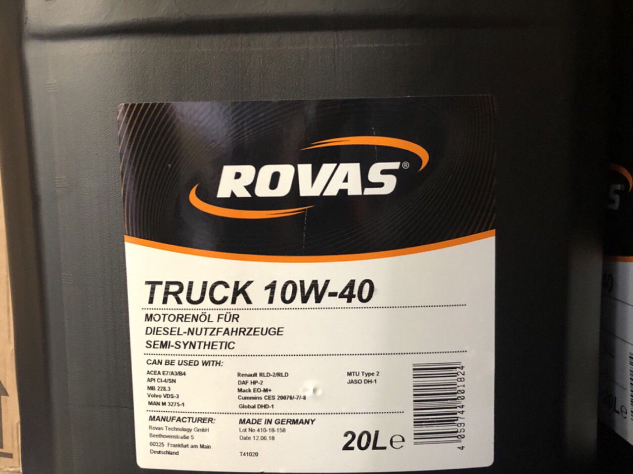 Полусинтетическое моторное масла Rovas Truck 10w40 DX 20L