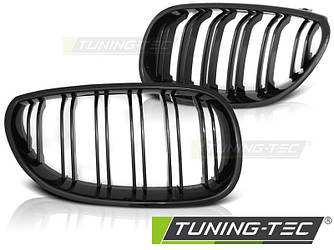 Ноздри решетка радиатора BMW E60 M стиль (глянц) гладкие