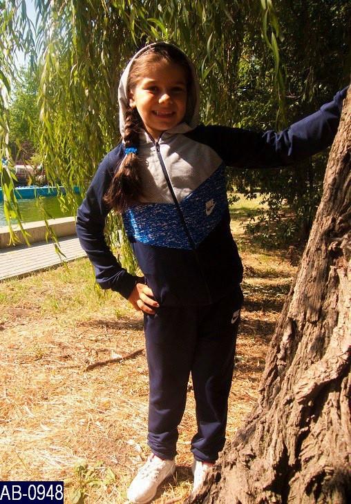 Спортивный костюм детский Nike со вставками  34,36,38   ткань двунитка 2 цвета