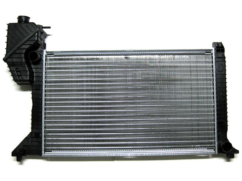 Радиатор Основной 2,3 2,9 Mercedes Sprinter 95-00