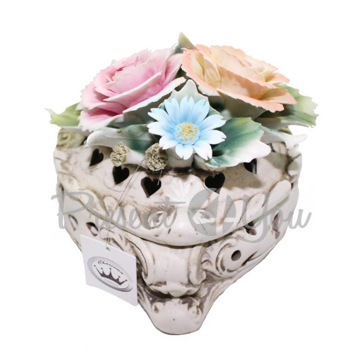Шкатулка фарфоровая «Букет цветов», h-9х12х10 см