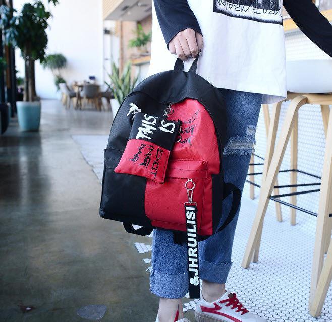 Рюкзак школьный с пеналом.