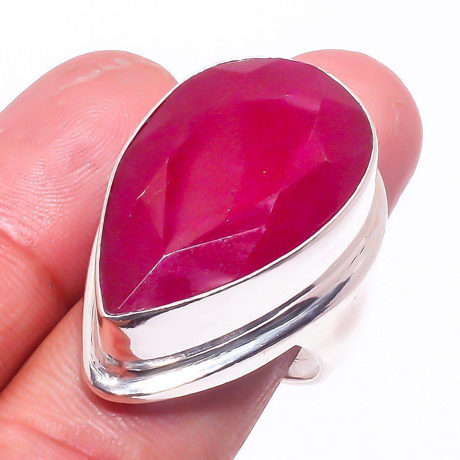 Рубин кольцо с натуральным рубином в серебре 18  размер