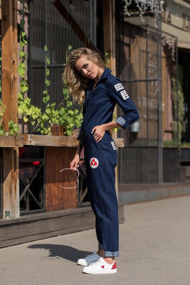 da2de6b1a62 В интернет-магазине Solodkova http   solodkova.com вы можете приобрести  самую стильную и модную женскую одежду украинского производства  короткие  платья ...