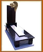 Гранітний пам'ятник з Ангелом
