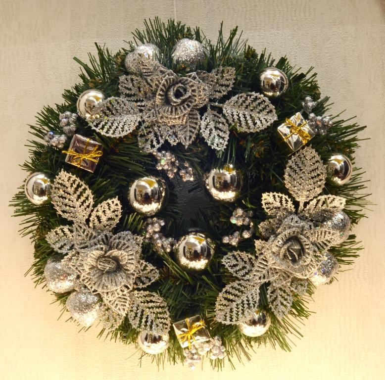 Венок новогодний украшенный 0422 S
