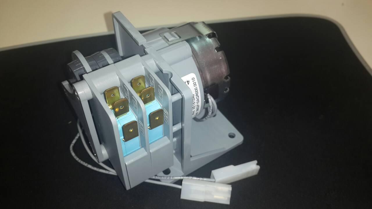 Таймер KVE1615A / VN032 (мотор реверсивного перемикача) для печі Unox XF, XV, XG