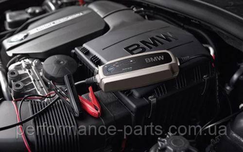Оригинальное зарядное устройство BMW 5.0A Battery Charger 61432408592