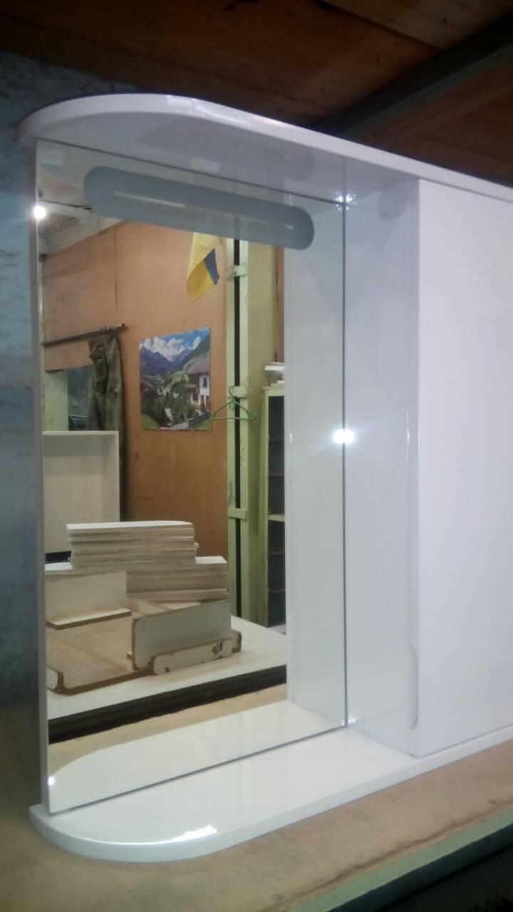 Шкаф-зеркало с LED подсветкой ШК600/2 дверь справа
