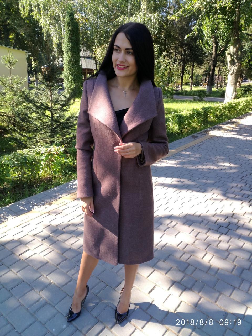 Пальто кашемировое с красивым воротом