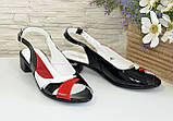 Женские цветные босоножки из натуральной лаковой кожи, на невысоком устойчивом каблуке от производителя, фото 3