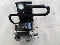 Петля двери на AUDI A4 2007г. +380995454777