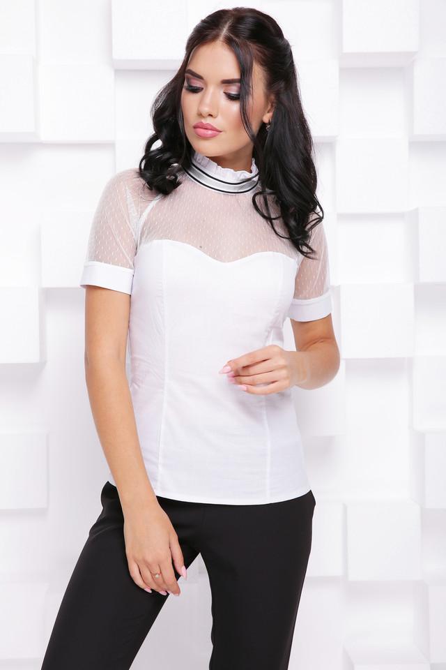 6adf2939378 Нежная актуальная модель женской блузки с модной отделкой - сеткой. Кокетка  из сетки мягко собрана на воротнике стойке с небольшой рюшей