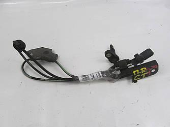 Датчик ABS передний правый Lexus CT 200H 10-14 (Лексус ЦТ 200Н)  8954247030